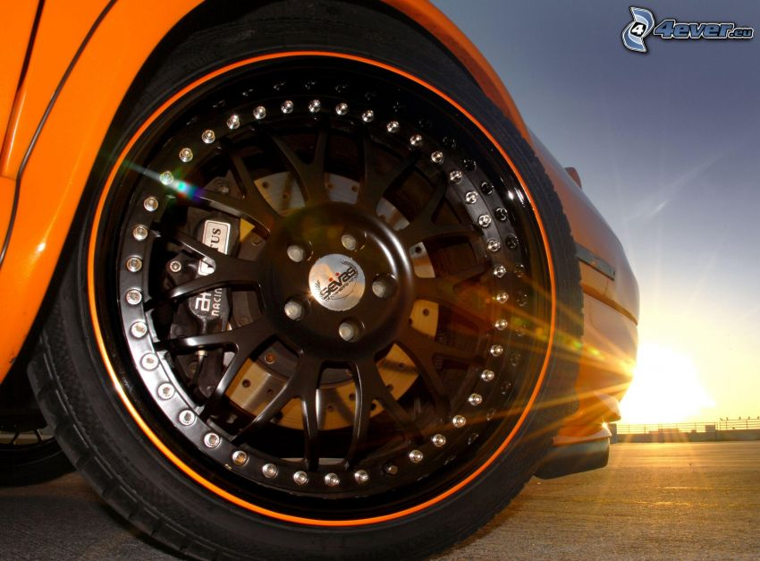 Lotus Esprit, koło, dysk