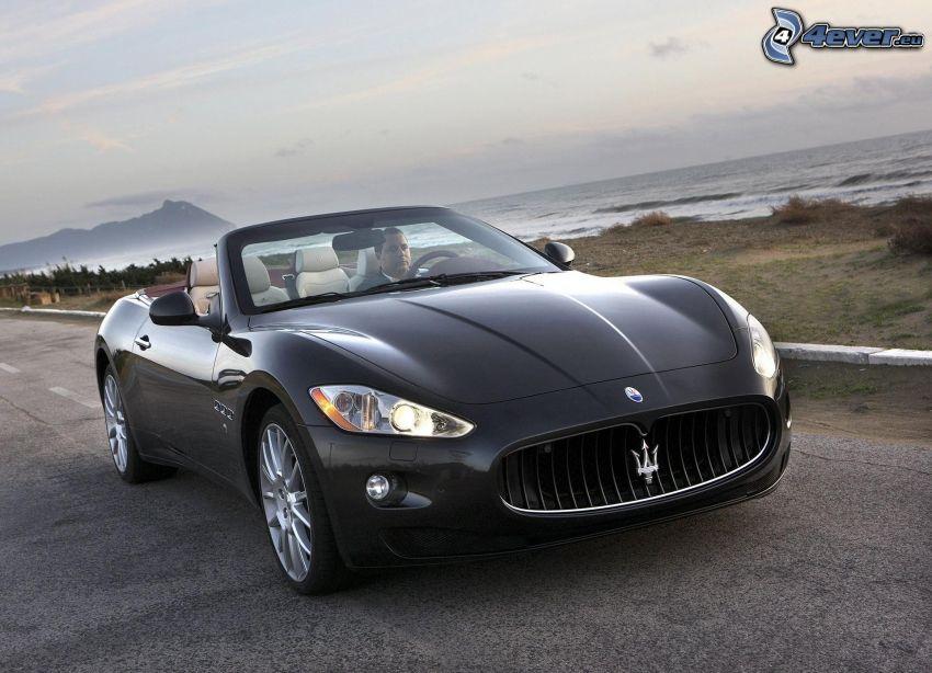 Maserati GranCabrio, kabriolet, mężczyzna