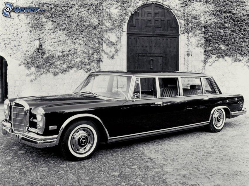Mercedes, limuzyna, weteran, dom, czarno-białe