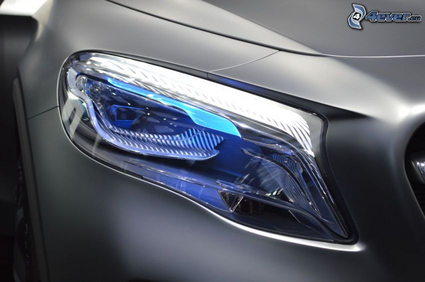 Mercedes-Benz GLA, reflektor