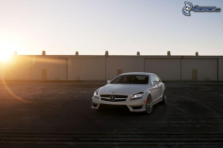 Mercedes CLS 63 AMG, zachód słońca