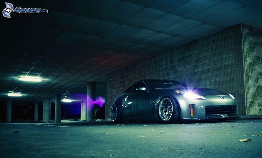 Nissan 350Z, garaże