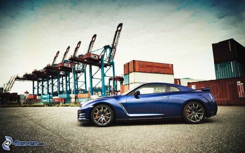 Nissan GTR-R35, port