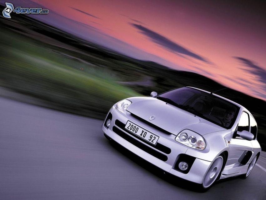 Renault Clio V6, prędkość