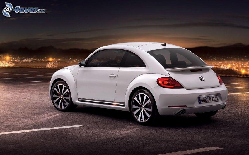 Volkswagen Beetle, miasto nocą