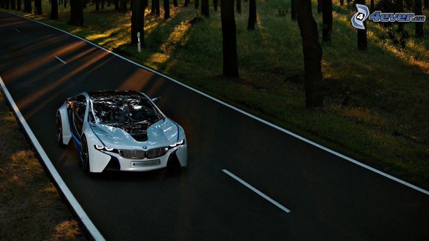 BMW i8, BMW Vision Efficient Dynamics, projekt, Droga przez las