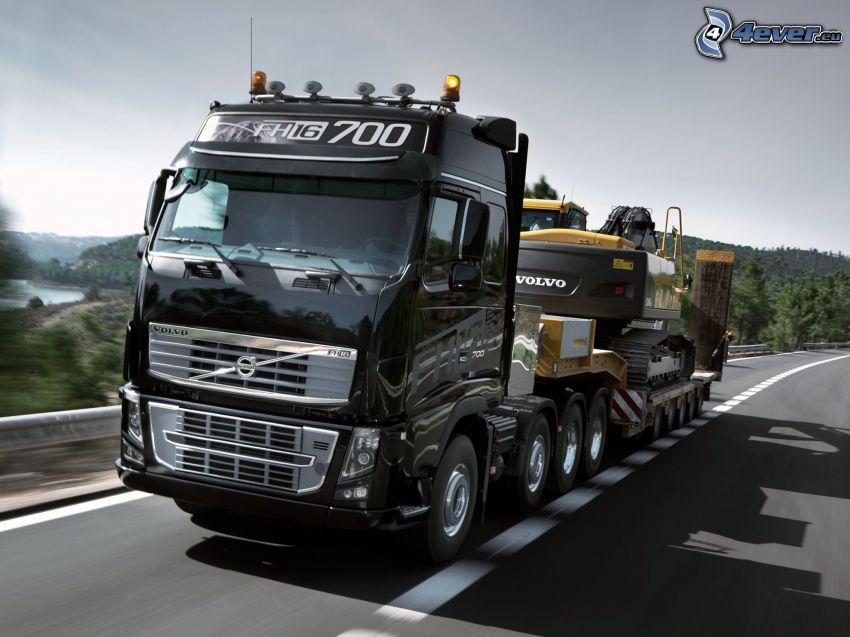 Volvo, ciężarówka, ulica, koparka