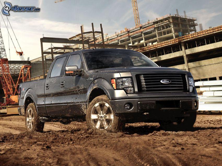Ford F150 raptor, pickup truck, błoto