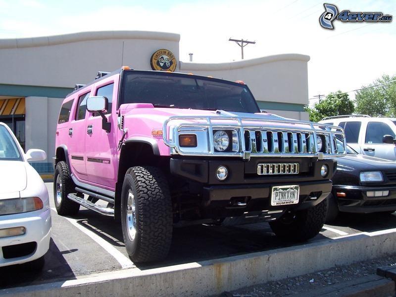Hummer H2, różowy, parking