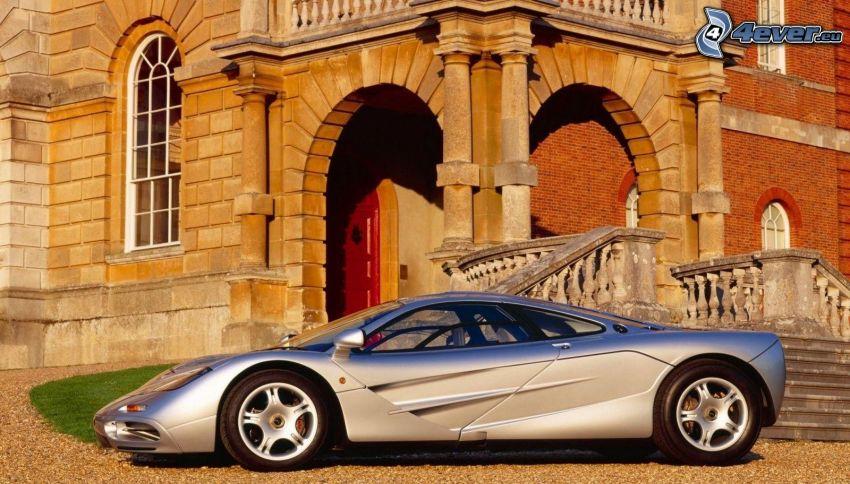 McLaren F1, sportowe auto, dom