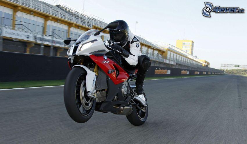 BMW 1000RR, motocyklista, prędkość, wyścigi, torowe, trybuna