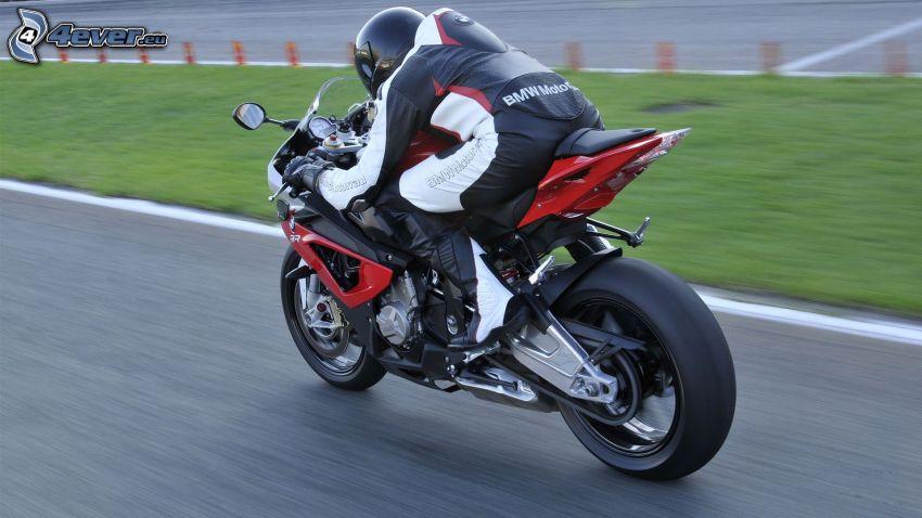 BMW 1000RR, motocyklista, prędkość