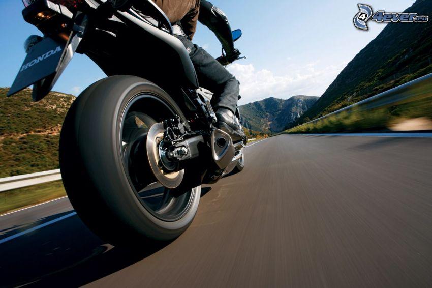 Honda, ulica, prędkość, koło