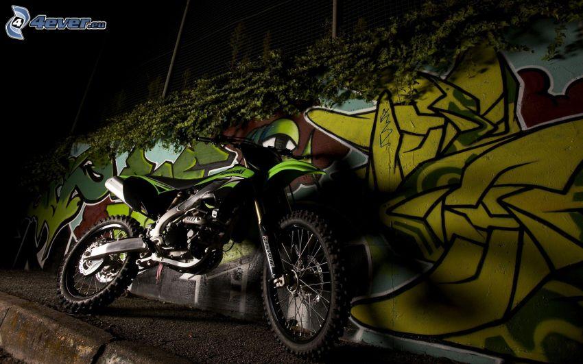 Kawasaki, ściana, graffiti, noc