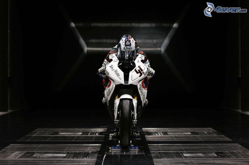 Motocykl BMW, motocyklista