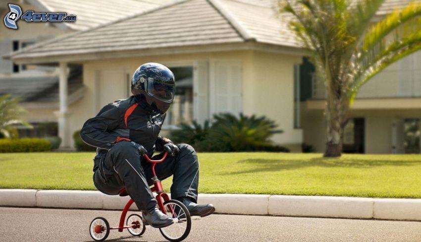 motocyklista, rower trzykołowy, ulica, dom