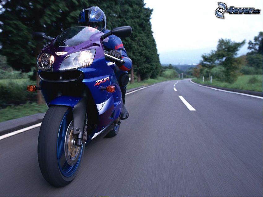 motocyklista, ulica