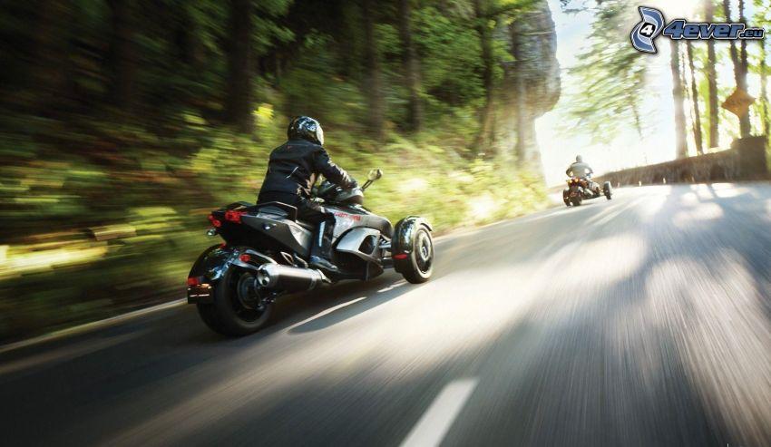 Spyder RS, motocyklista, prędkość