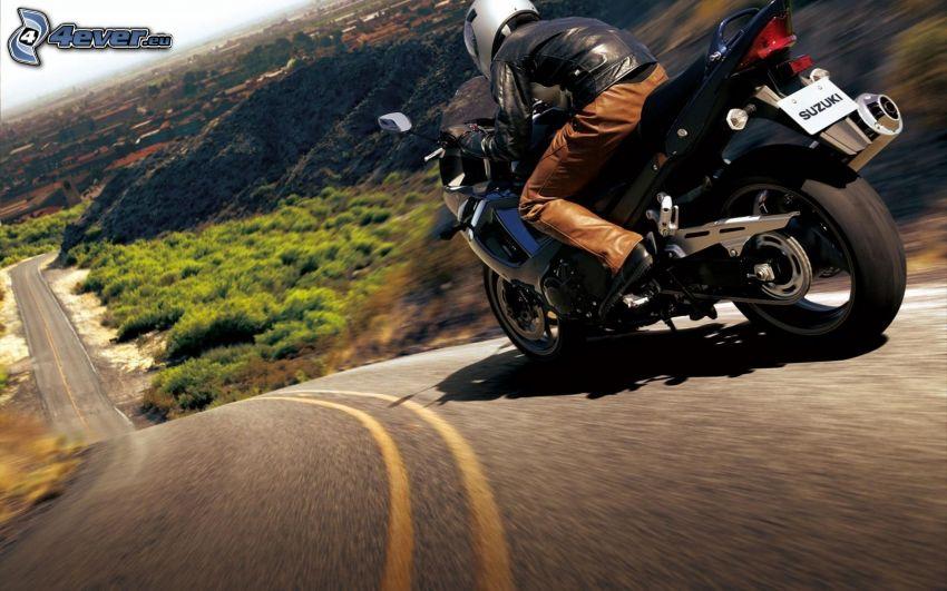 Suzuki GSX-R, motocyklista, prędkość, ulica, wzgórze