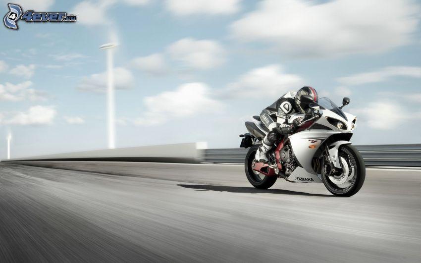 Yamaha R1, motocyklista, prędkość, ulica