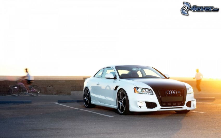 Audi S5, tuning, parking
