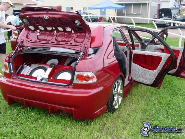 Honda Civic, zjazd, głośniki