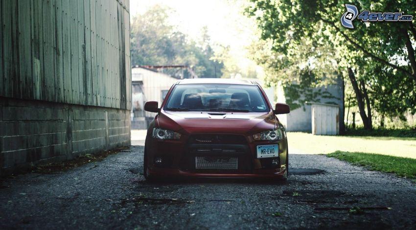 Mitsubishi Lancer Evolution, ściana
