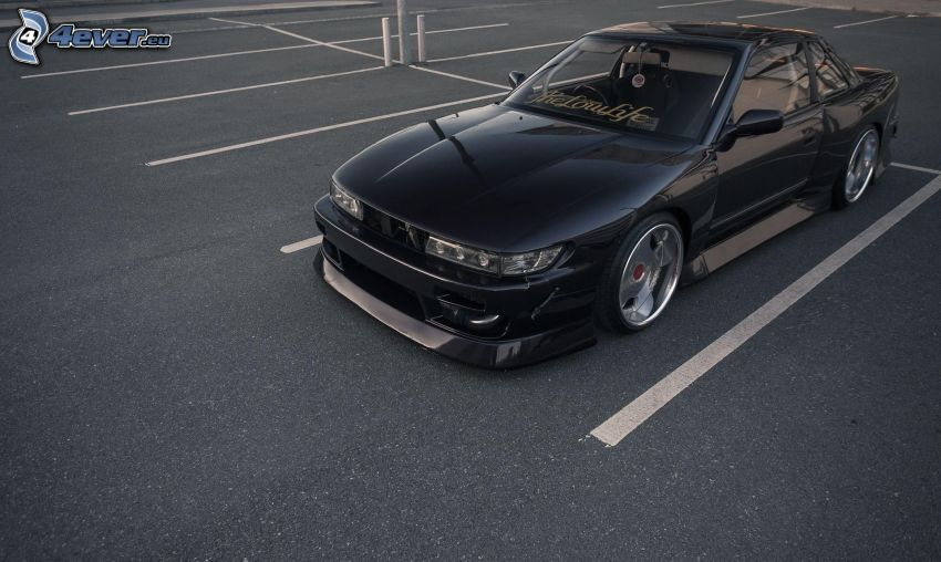 Nissan Silvia S13, parking
