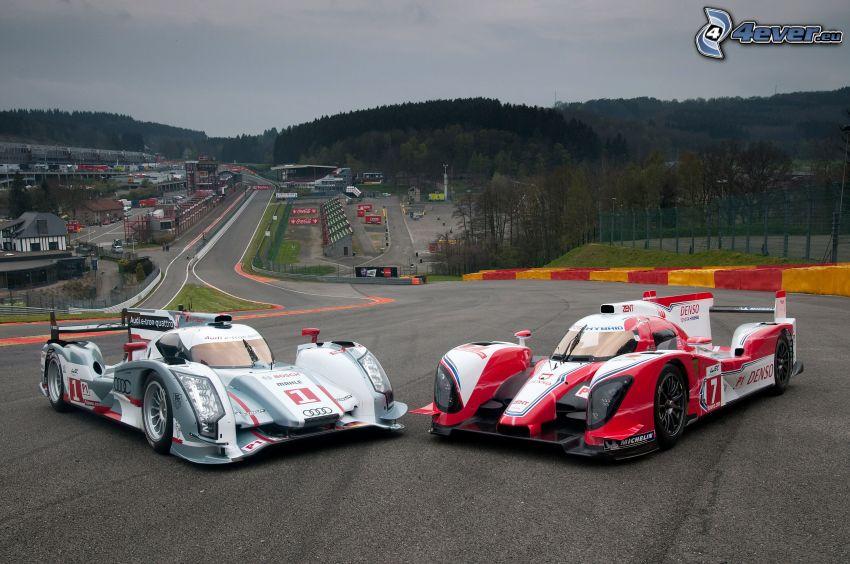 Audi R10 TDI, Toyota TS030 Hybrid, auta wyścigowe, wyścigi, torowe