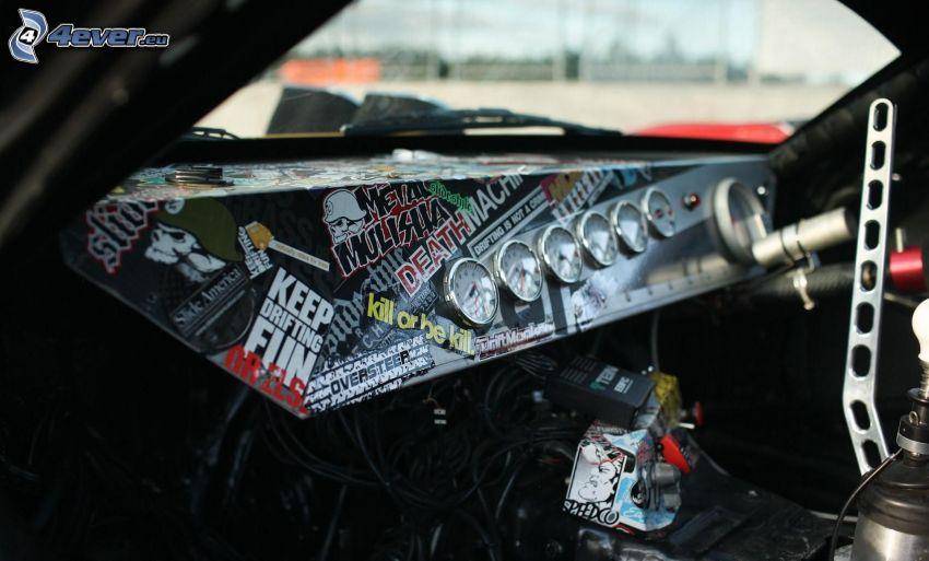 auta wyścigowe, wnętrze