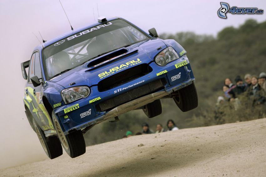 Subaru Impreza, skok, pył, publiczność