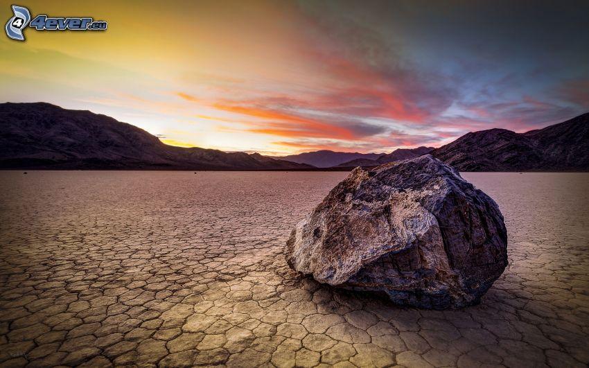 Dolina Śmierci, kamień, pasmo górskie, po zachodzie słońca