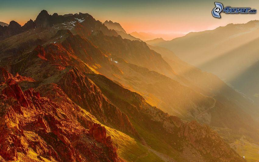 Alpy, promienie słoneczne