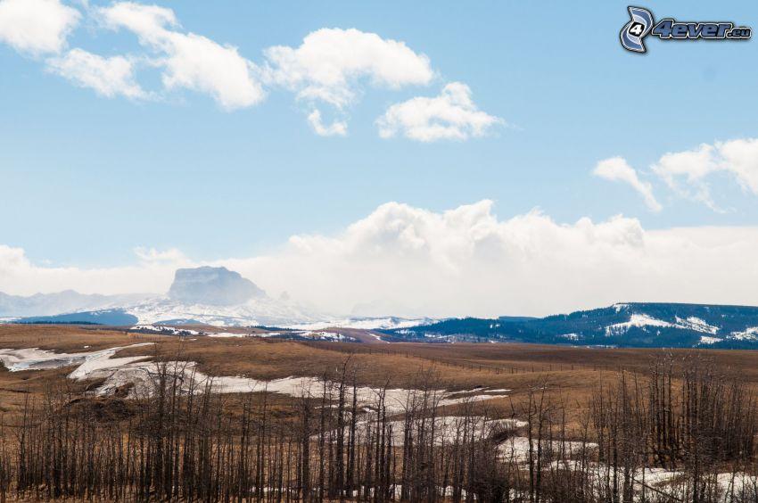 Chief Mountain, pasmo górskie, chmury