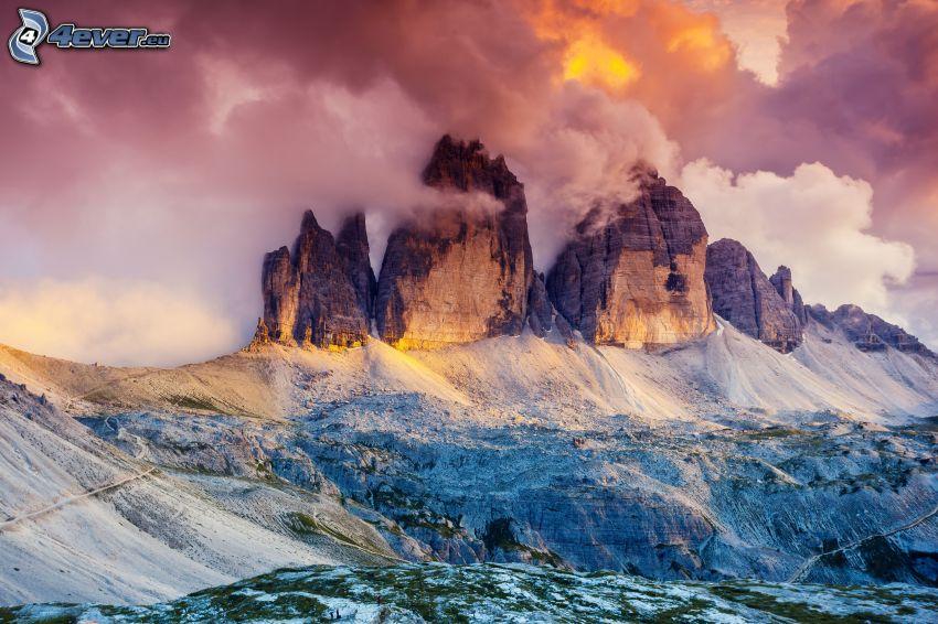 Dolomity, góry skaliste, chmury