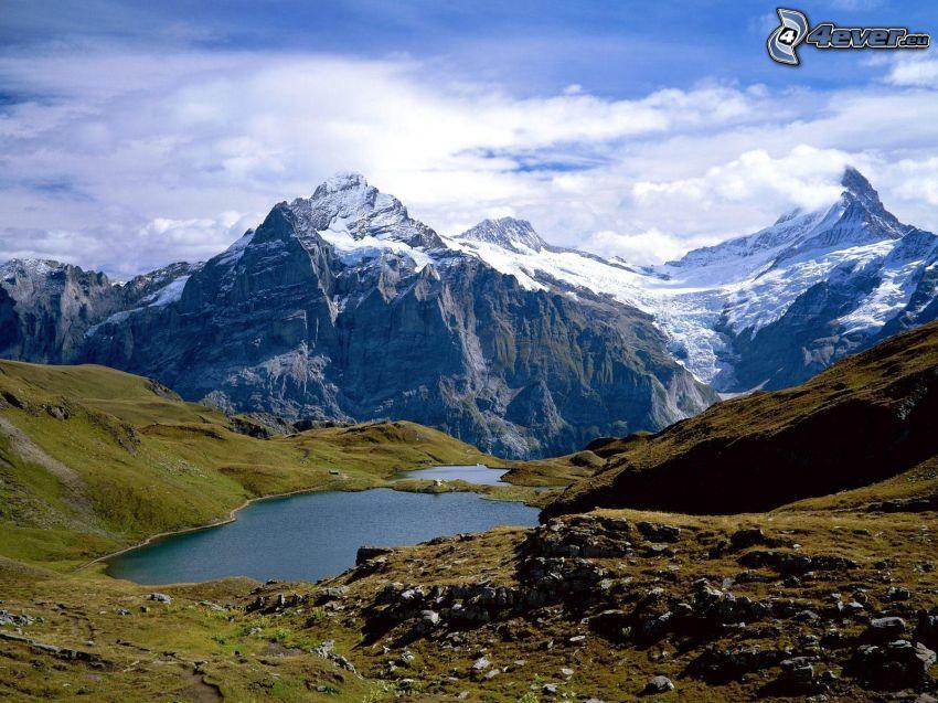 Mount Bachsee, Szwajcaria, wzgórza, skały, jeziora, górskie jezioro, chmury