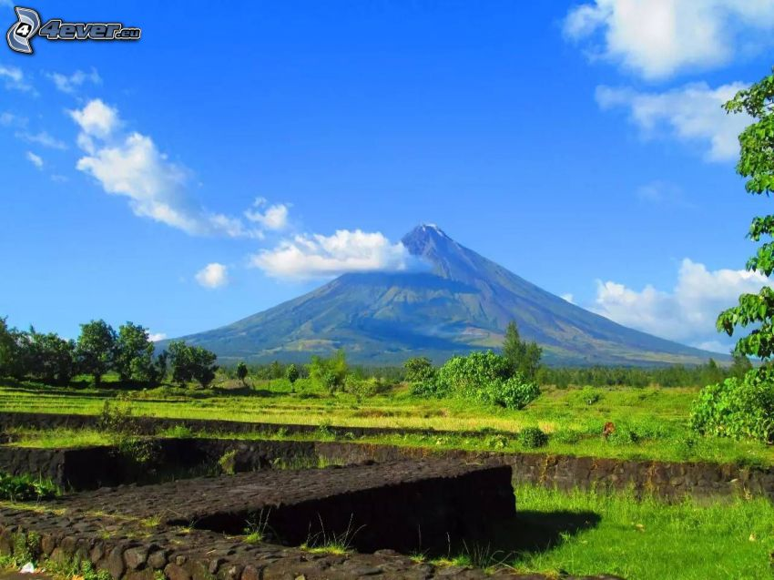 Mount Mayon, Filipiny, mur, chmury