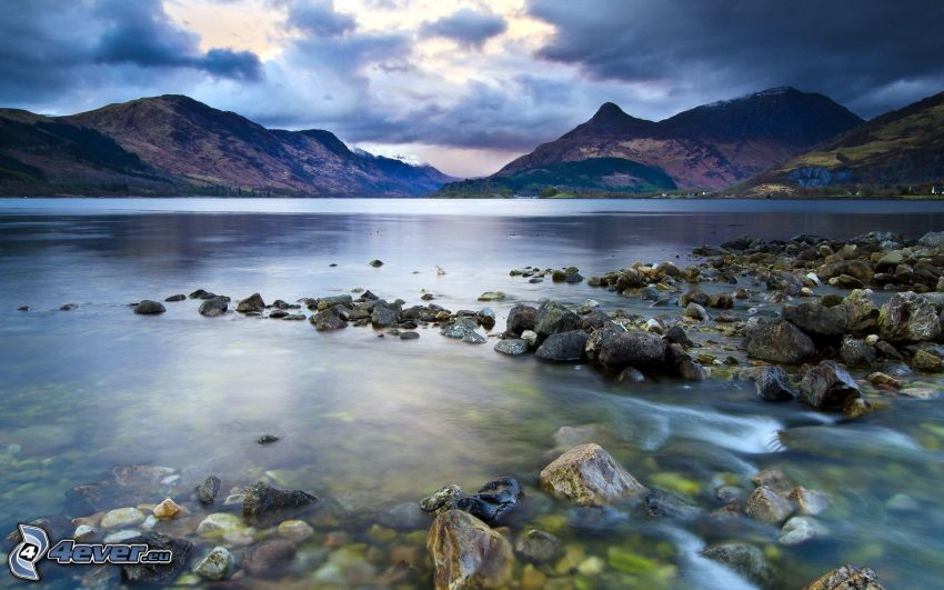 jezioro, pasmo górskie, kamienie