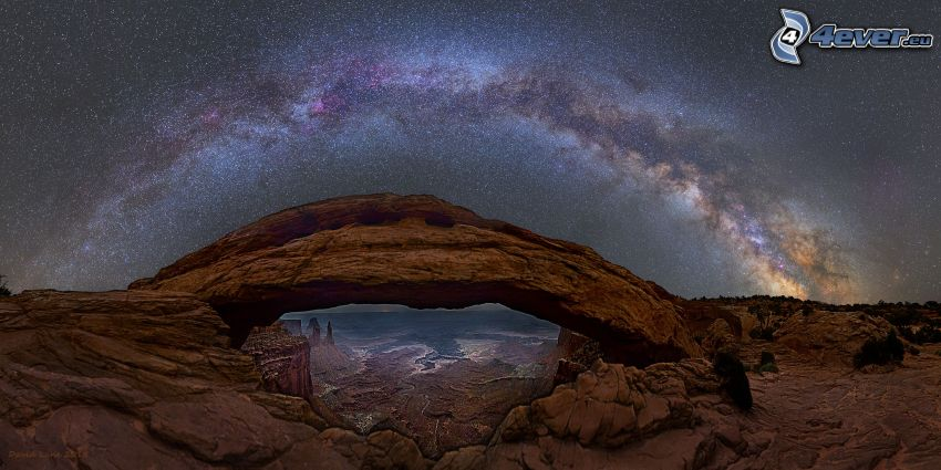 Mesa Arch, brama ze skały, gwiaździste niebo, Droga Mleczna, niebo w nocy