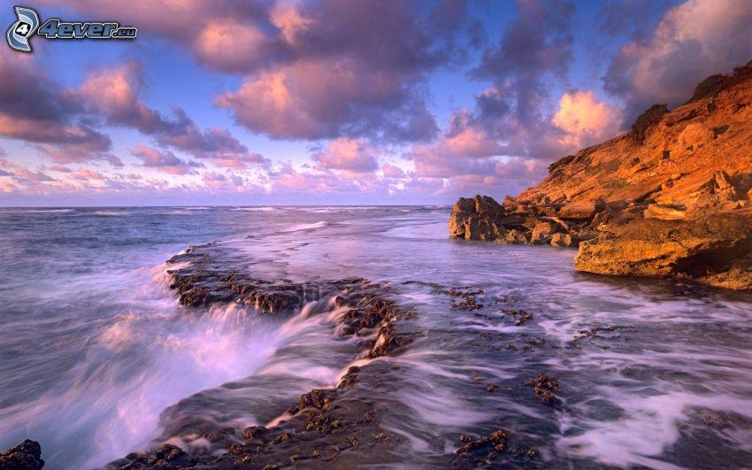 kaskadowe wybrzeże, skały, niebo