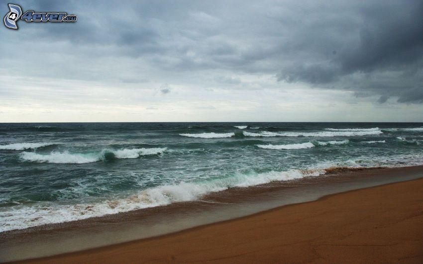 morze, fale, plaża piaszczysta