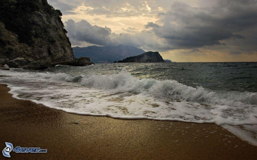 plaża, morze, nadmorskie urwiska, chmury