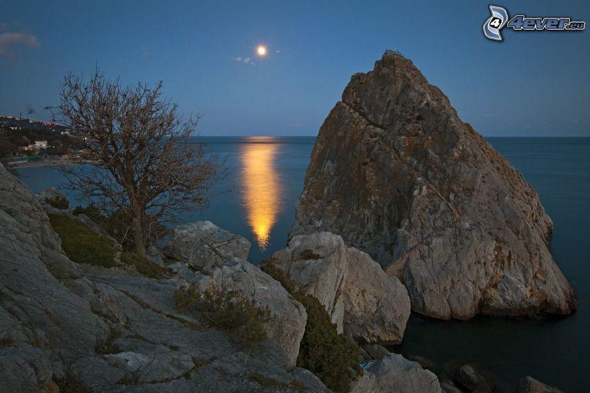 skalisty brzeg, morze, skała, księżyc