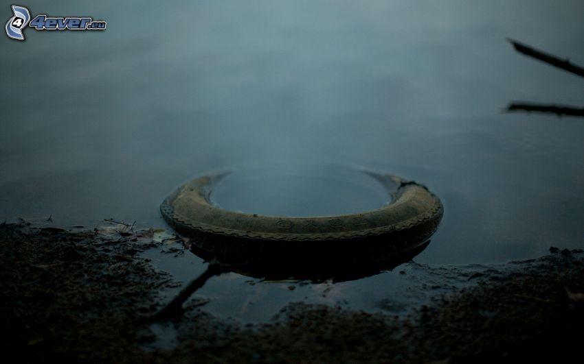 opona, woda