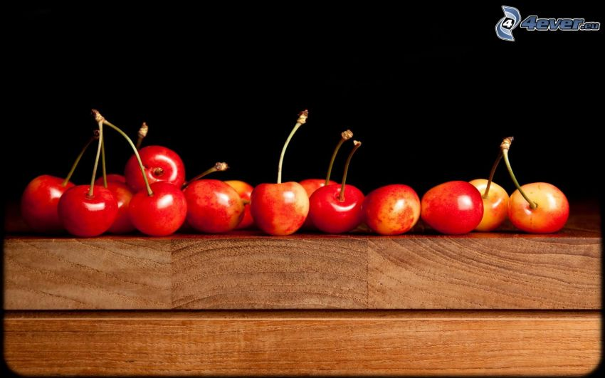 czereśnie, stół