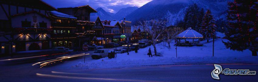 śnieżny krajobraz, wieczór