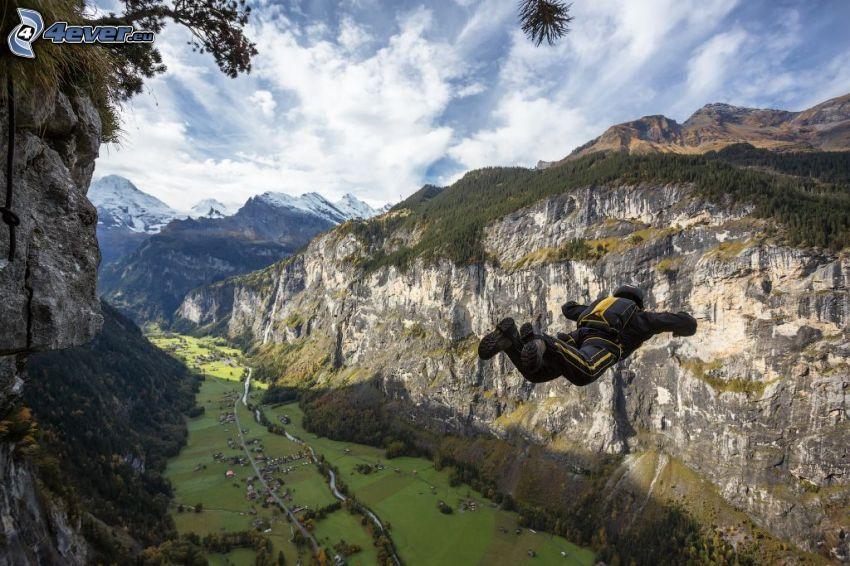 BASE Jump, rafa, skały, dolina
