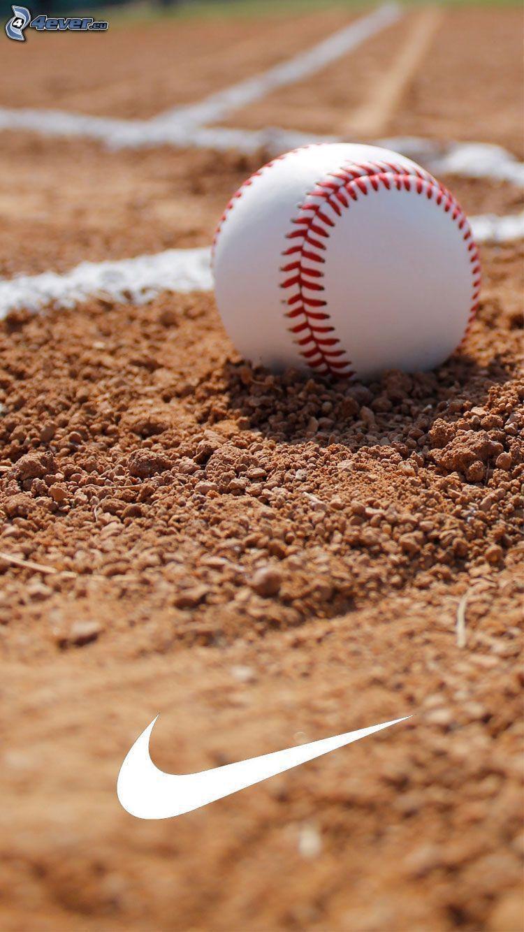 piłeczka baseballowa, Nike, boisko, piasek