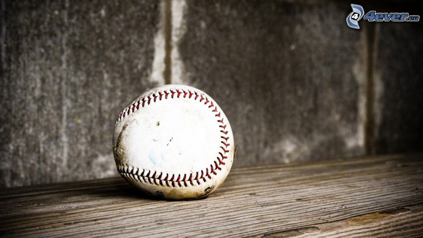 piłeczka baseballowa