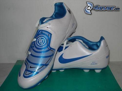 korki, piłka nożna, Nike